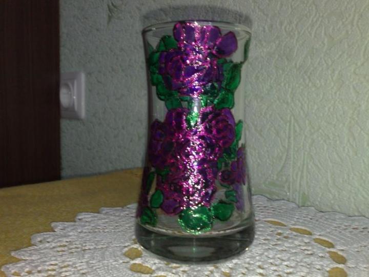 Dekoruota vaza