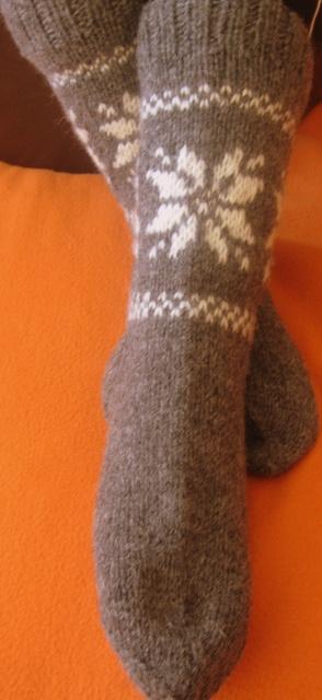 Raštuotos vilnonės kojinės