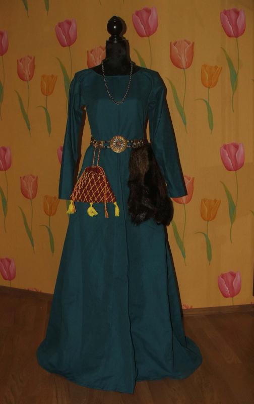 XIII a. lininė suknia - Kote