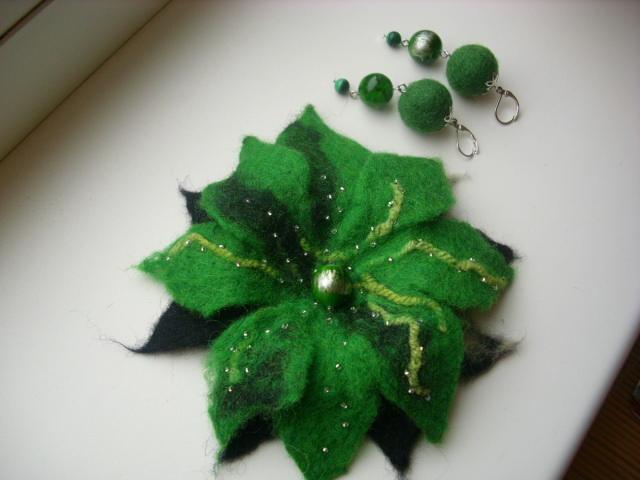 Žaliai žalia