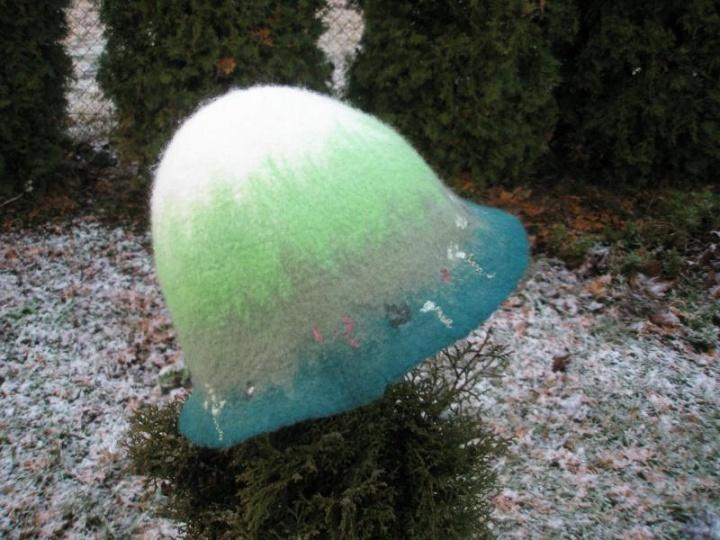 pirties kepurė spalvota