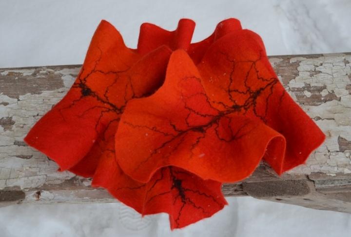 Raudonas-orandžinis šalis