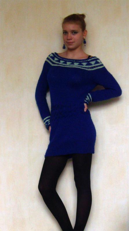 suknelė mėlyna
